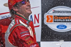 Podium: champagne for Michel Jourdain Jr.