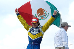 Rodolfo Lavin waves the flag of Mexico