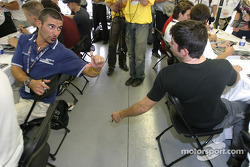 Autograph session: Alex Tagliani chats with Patrick Carpentier