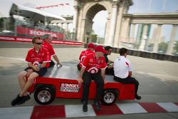 Track inspection for Dario Franchitti, Target Chip Ganassi Racing