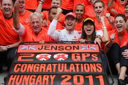 John Button Father of Jenson, Nicholas Hamilton, Brother of Lewis Hamilton, McLaren Mercedes, Lewis Hamilton, McLaren Mercedes, Jenson Button, McLaren Mercedes, Jessica Michibata girlfriend of Jenson Button celebrate with the team