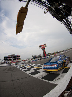 Brad Keselowski, Penske Racing Dodge takes the checkered flag
