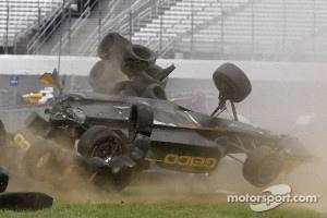 Tony Kanaan, KV Racing Technology-Lotus crashes