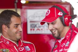 Juan Pablo Montoya, Earnhardt Ganassi Racing Chevrolet and his crew chief, Jim Pohlman