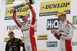 Podium: 1st Gordon Shedden, 2nd Matt Neal, 3rd Frank Wrathall