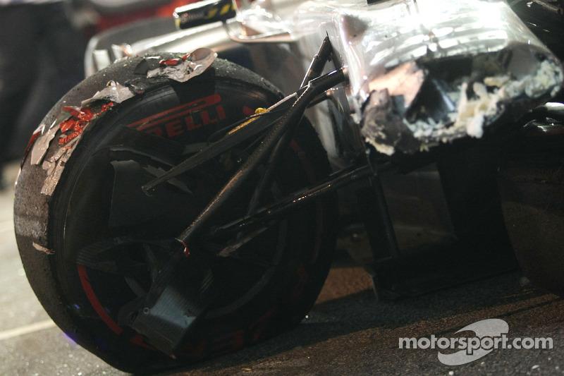 Auto von Michael Schumacher, Mercedes GP, nach dem Unfall