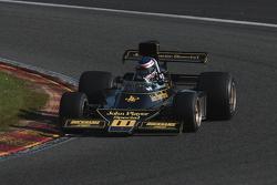 #11 Andrew Beaumont, Lotus 76/1