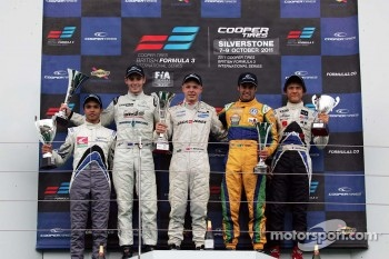 Podium from left: Guilherme Silva, Scott Pye, Kevin Magnussen, Felipe Nasr And Kotaro Sakurai.