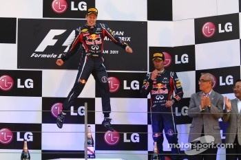 Podium: race winner Sebastian Vettel, Red Bull Racing, third place Mark Webber, Red Bull Racing