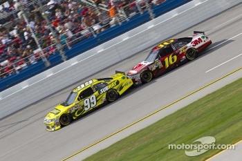 Carl Edwards, Roush Fenway Racing Ford, Greg Biffle, Roush Fenway Racing Ford