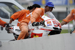 Marco Simoncelli's crashed bike is returned to paddock
