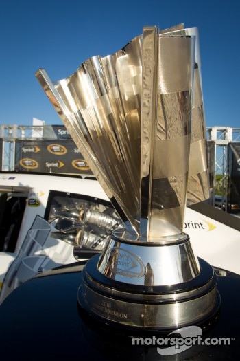 NASCAR Championship Drive in South Beach: the Sprint Cup on display Cup on display