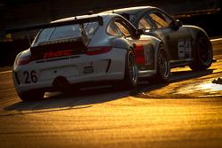 #64 TRG Porsche GT3: Gaetano Ardagna, Eduardo Costabal, Emilio Di Guida, Eliseo Salazar, #26 NGT Motorsport Porsche GT3: Henrique Cisneros, Sean Edwards, Carlos Kauffmann, Nick Tandy