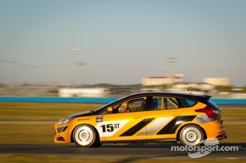 #15 Multimatic Motorsports Ford Focus ST-R: James Gue, Gunnar Jeannette