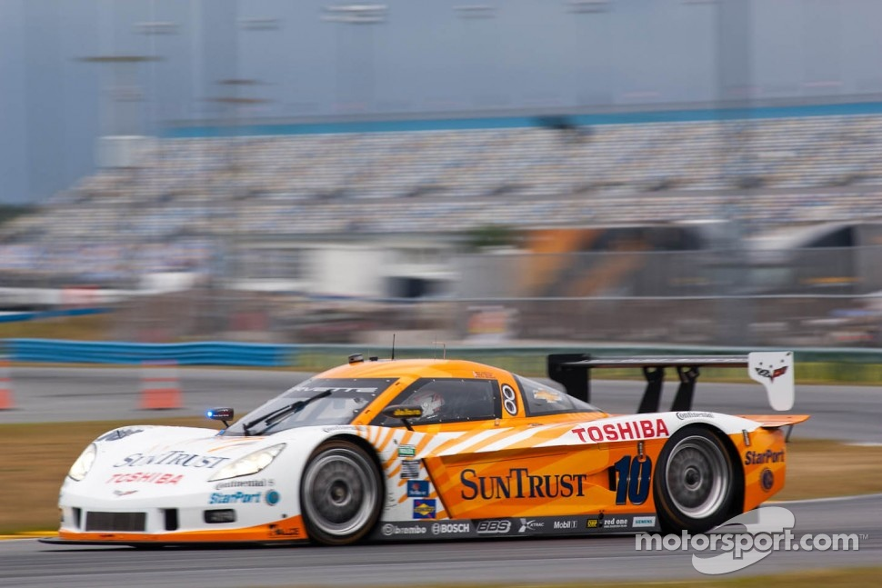 #10 SunTrust Racing  Corvette DP: Max Angelelli, Ryan Briscoe, Ricky Taylor