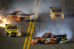 Paulie Harraka, Wauters Motorsport Ford and Jason Leffler, Kyle Busch Motorsports Toyota crash while Dakoda Armstrong, ThorSport Racing Toyota spins