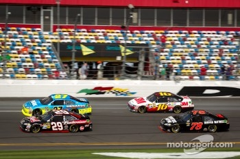 Paul Menard, Richard Childress Racing Chevrolet, Ryan Newman, Stewart-Haas Racing Chevrolet, Greg Biffle, Roush Fenway Racing Ford, Regan Smith, Furniture Row Racing Chevrolet