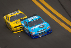 Tony Stewart, Richard Childress Racing Chevrolet, Sam Hornish Jr., Penske Racing Dodge