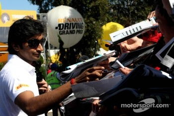 Narain Karthikeyan, HRT Formula One Team