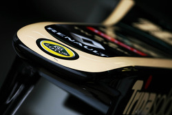 Lotus E20 nosecone