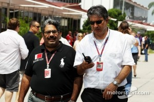 Bahrain GP representative in Sepang with Pasquale Lattuneddu, of the FOM