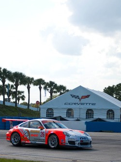 #26 NGT Motorsport Porsche GT3 Cup: Carlos Gomez