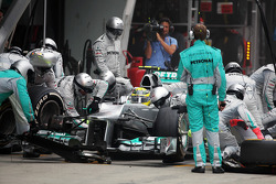 Nico Rosberg, Mercedes AMG F1 makes a pit stop
