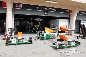 Sahara Force India F1 VJM05 front wings and engine cover