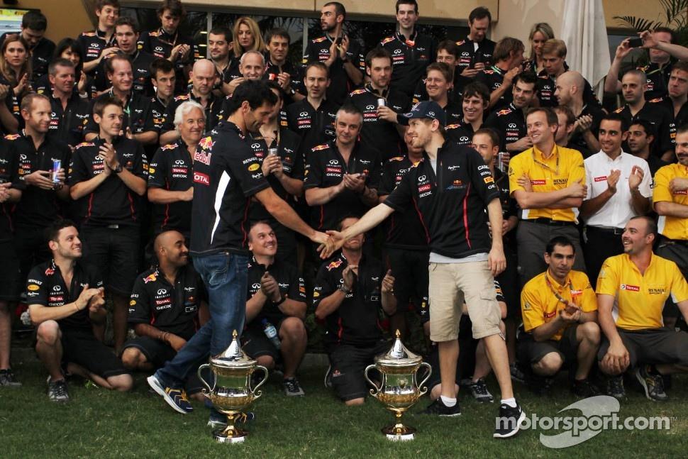 Race winner Sebastian Vettel, Red Bull Racing celebrates with Mark Webber, Red Bull Racing and the team