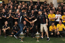 Race winner Sebastian Vettel, Red Bull Racing celebrates with Mark Webber, Red Bull Racing and the team