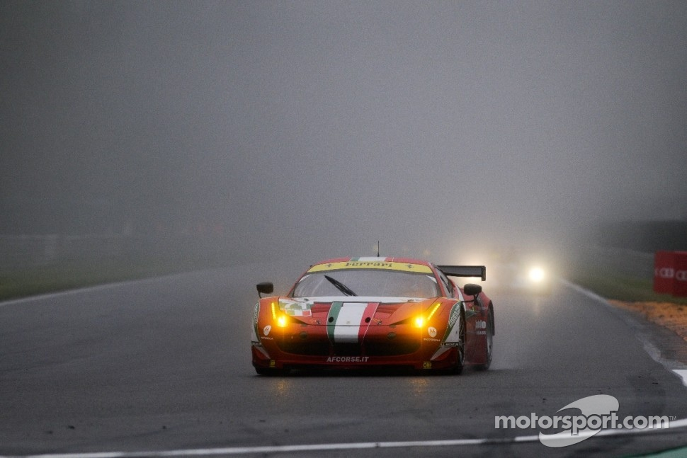 #71 AF Corse Ferrari 458 Italia: Andrea Bertolini,Olivier Beretta