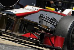 Pedro De La Rosa, HRT Formula 1 Team front suspension detail