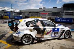 #107 BMW 130i GTR