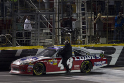 Rick Hendrick rides with winner Jimmie Johnson, Hendrick Motorsports Chevrolet