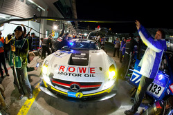 Pit stop for #21 ROWE Racing Mercedes-Benz SLS AMG GT3: Michael Zehe, Marko Hartung, Roland Rehfeld, Mark Bullitt