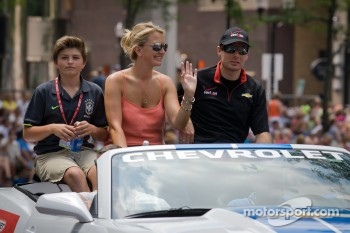 Indy 500 festival parade: Will Power, Verizon Team Penske Chevrolet