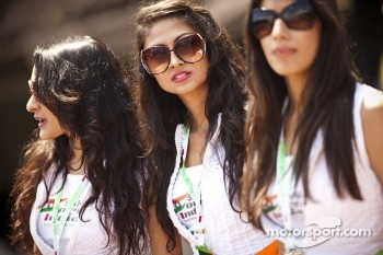 Sahara Force India F1 Team girls