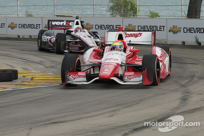 Justin Wilson, Dale Coyne Racing Honda and Will Power, Team Penske Chevrolet