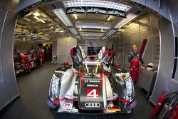 #4 Audi Sport North America Audi R18 Ultra