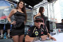 Kimi Raikkonen, Lotus Renault F1 Team visits the fans in Downtown montreal