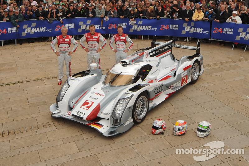 #2 Audi Sport Team Joest Audi R18 E-Tron Quattro: Rinaldo Capello, Tom Kristensen, Allan McNish