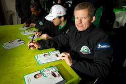 Autograph session: Emmanuel Collard
