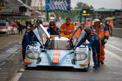 #29 Gulf Racing Middle East Lola B12/60 Coupe Nissan: Keiko Ihara, Jean-Denis Deletraz, Marc Rostan