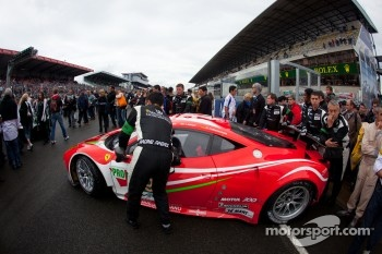 #59 Luxury Racing Ferrari F458 Italia