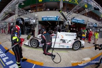 Pit stop for #44 Starworks Motorsports HPD ARX 03b Honda: Enzo Potolicchio, Ryan Dalziel, Tom Kimber-Smith