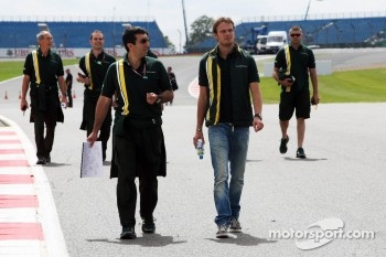 Giedo van der Garde, Caterham CT01 Third Driver walks the circuit