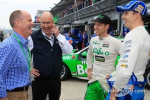 Queensland Premier Campbell Newman with V8 Supercars Chairman Tony Cochran, David Reynolds and Mark Winterbottom