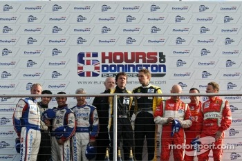 GTE podium: Anthony Pons, Nicolas Armindo, Raymond Narac, James McWirther (team owner JMW) Jonny Cocker, Allan Simonsen, Piergiuseppe Perazzini, Marco Cioci, Matt Griffin