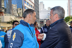 Autograph session, Alain Menu, Chevrolet Cruze 1.6T, Chevrolet and Marcello Lotti, WTCC General Manager