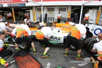 Sahara Force India F1 Team practice pit stops